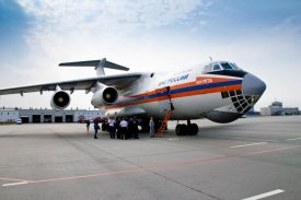 The board Il-76 of Emercom of Russia leaves Yamal
