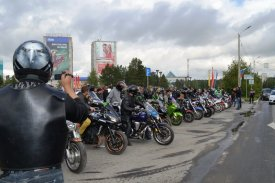 "On Yamal the meeting of bikers ""A northern boundary"" took place"